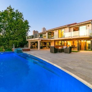From $750 Private Pool+Amazing ViewsLuxury House in the Hills