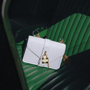 低至4折+包税 收娜比,杨幂同款Chloe 新品好价热卖,C扣包$781,新款Aby锁头包$1382