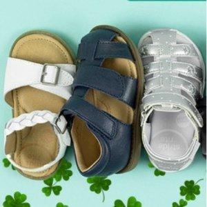 7.5折限今天:Stride Rite官网 儿童凉鞋特卖
