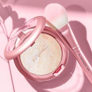 樱花控必入 快来品品2020 春夏美妆护肤限定一览 Pick专属你的清新小碎花