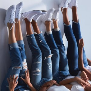 50% OffJeans Sale @Abercrombie & Fitch