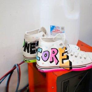 无门槛7.5折 €93收Veja小白鞋Eraldo 美鞋专场大促 Loewe、Jimmy Choo、By Far都参加