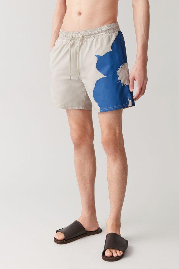 太阳花短裤