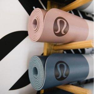 Lululemon官网 节日上新 瑜伽服、Legging、运动内衣我都要