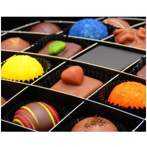 折后28.9欧 不含防腐剂,无添加香精德国 Hallingers 手工巧克力 精选豪华版 24粒装