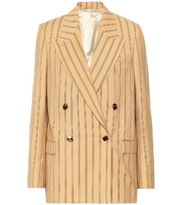 条纹西装外套