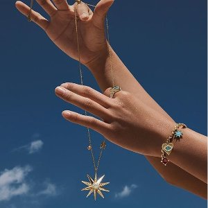 Summer SaleUp To 50% Off + Extra 15% Off @Swarovski