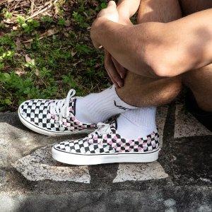 Vans阳光下可变色UV 滑板鞋