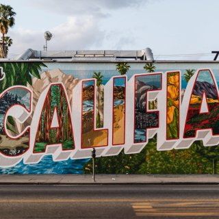 $936 with incredible hotel and food7 days California highlights tour last minute sale@ Contiki