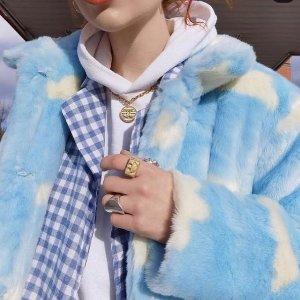 低至3折 £56收封面云朵外套Skinnydip London 伦敦新晋潮牌大促 少女穿搭、可爱配饰大把入