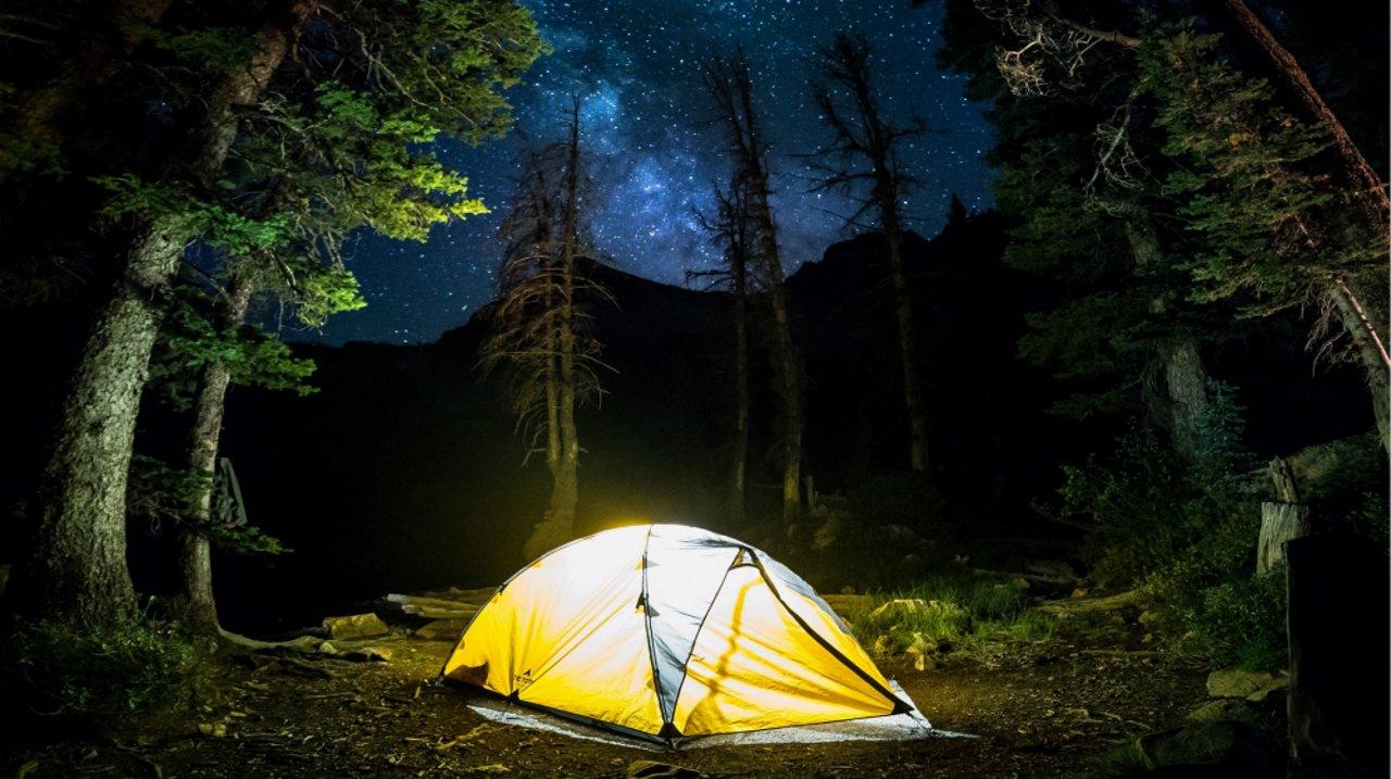 在美国,怎可错过亲近大自然的户外露营体验?