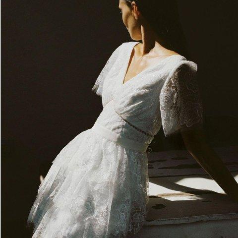 低至4折+额外9折Self-Portrait 美衣美裙专场 蕾丝连衣裙$200+,多款可选
