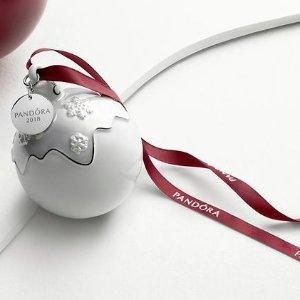 满£99 送限量版圣诞挂饰!PANDORA 圣诞特别款挂饰热卖