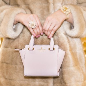 Up to 60 % offHandbags, clothing & accessories sale @ kate spade