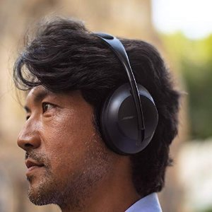 BoseNoise Cancelling Headphones 700
