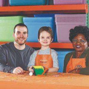 制作 桌上高尔夫游戏预告:6月 Home Depot 免费的儿童手工活动