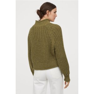 H&M绿色毛衣