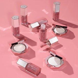 低至5.8折 €20收封面高光+唇蜜套装Fenty Beauty 人气彩妆热促 收经典钻石高光、乳霜唇釉套装