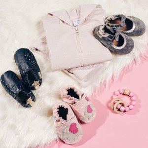 3折起折扣升级:Robeez 官网 婴儿学步鞋折扣区热卖 美国学步鞋第一品牌