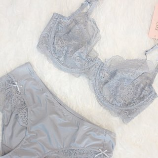 蕾丝控|如果夏天不能选择不穿的话,我只能选择Eve's Temptation