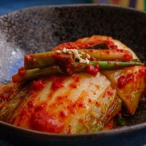 折后仅€2.34 还能制作各种美食DONGWON 泡菜罐头热促 超美味佐餐小菜 清新爽口