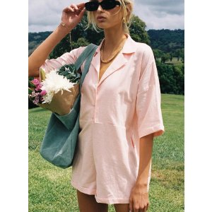Sinclair 粉色连体衣