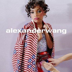 无门槛7.5折Alexander Wang 新款腰包、单肩包热卖