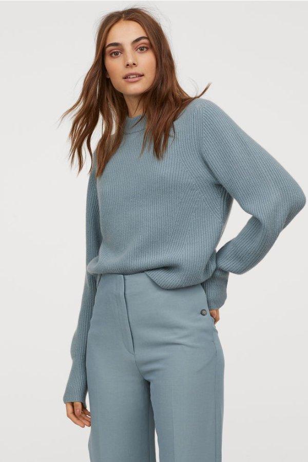 冰川蓝毛衣