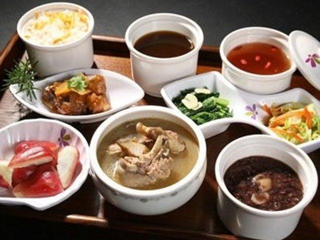 家庭也可以自制の明星月子餐【内附阿...
