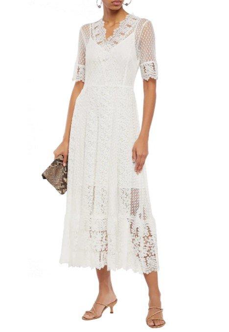 白色镂空长裙