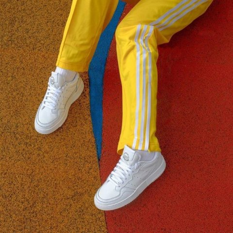 无门槛8折adidas 一周畅销单品热卖 收Superstar、Disney联名款等