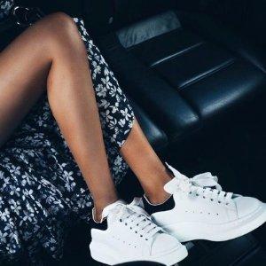 低至5.8折 $208起 收麦昆小白鞋最后一天:Off-White、Fendi、Valentino等大牌运动鞋特卖