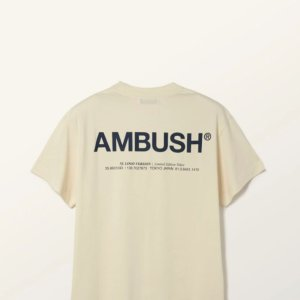新款8.5折 £72收Nike联名夜光T恤Ambush官网 全场闪促 打火机曲别针首饰、爆款LOGO卫衣T恤