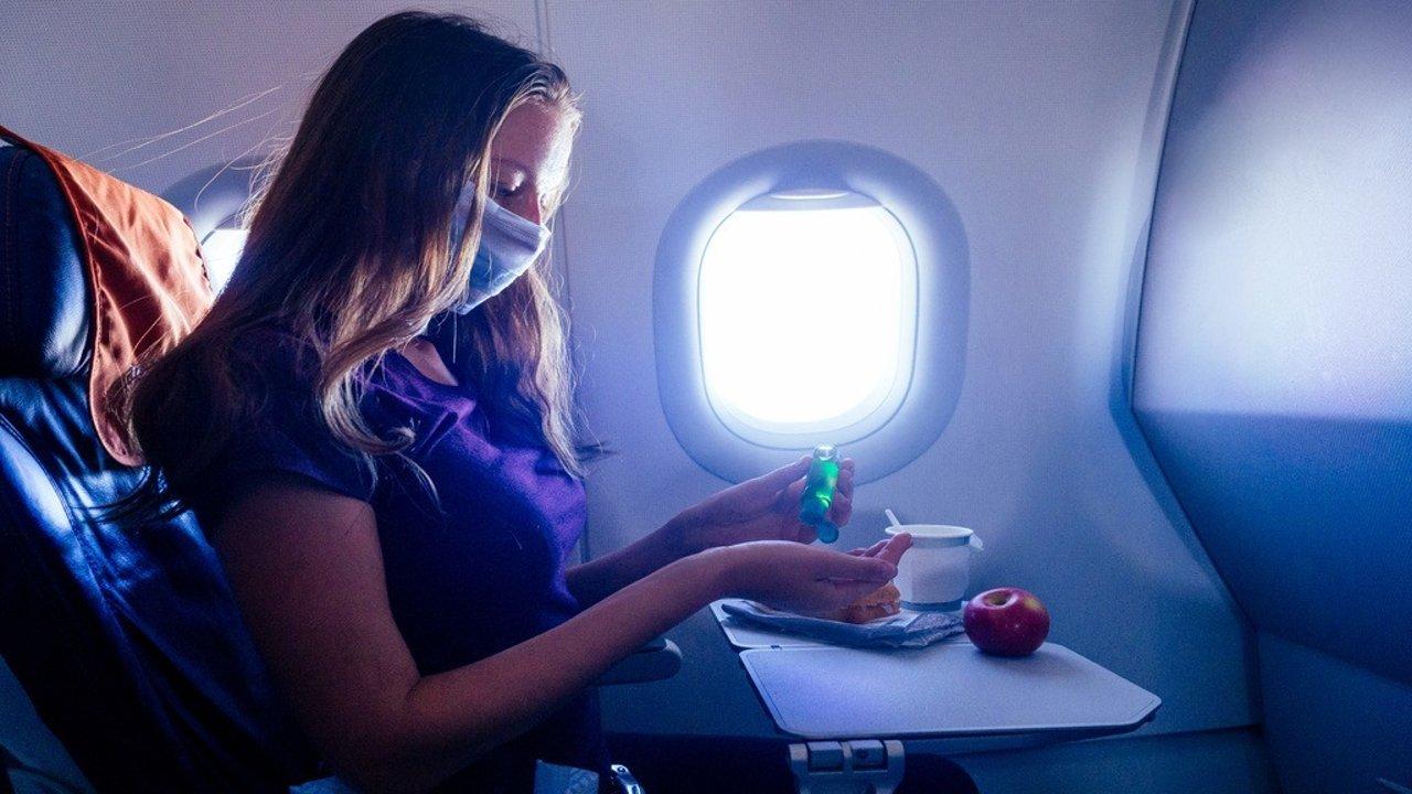 长途飞行该如何保护自己?| 飞行吃喝、穿戴措施和其他保护问题等!