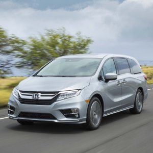 时尚运动 纵享舒适全新 2018 Honda Odyssey 多功能汽车