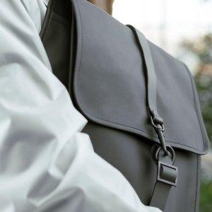 专场8折 经典双肩包€55收RAINS 新品男包折扣 最适合送男朋友的双肩包