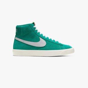 NikeNike Blazer Mid 77 运动鞋