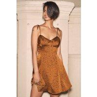 古铜色光泽连衣裙