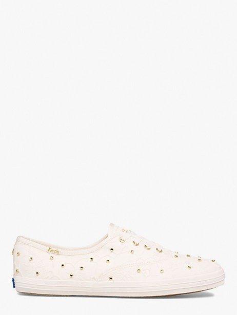 钉珠蕾丝平底鞋