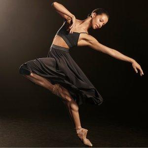 £45起 优雅健身系列火热开卖上新:Lululemon × 皇家芭蕾舞团 联名系列上市