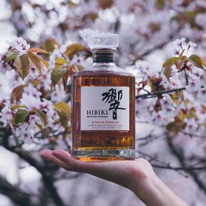 $148.99(原价$179.99)平衡之最Suntory威士忌 響Hibiki 700ml 和风醇韵