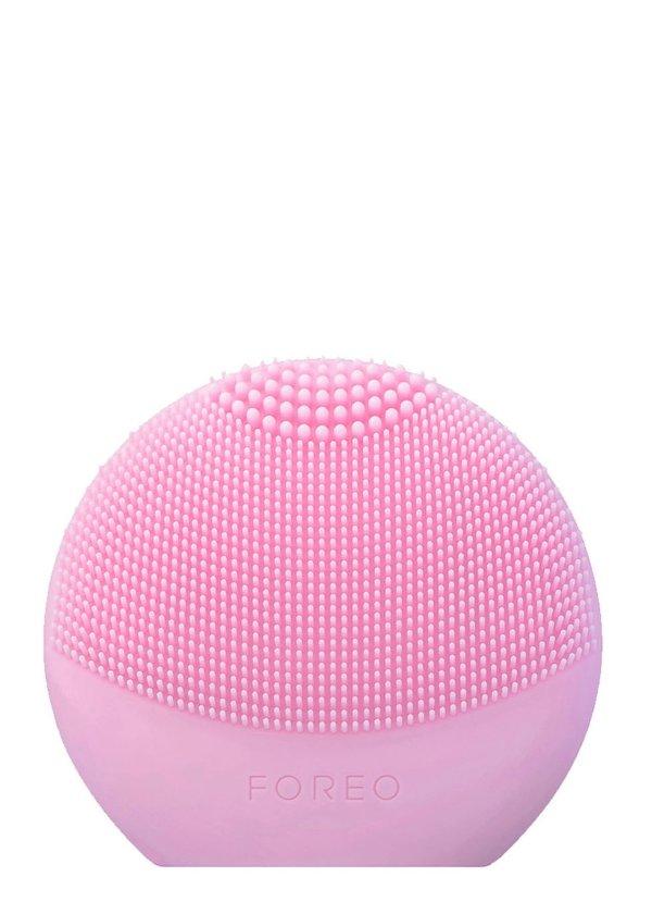 粉色洗脸仪