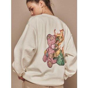 AINTCRACKAMTM-18 Burning bear graphic sweatshirt White
