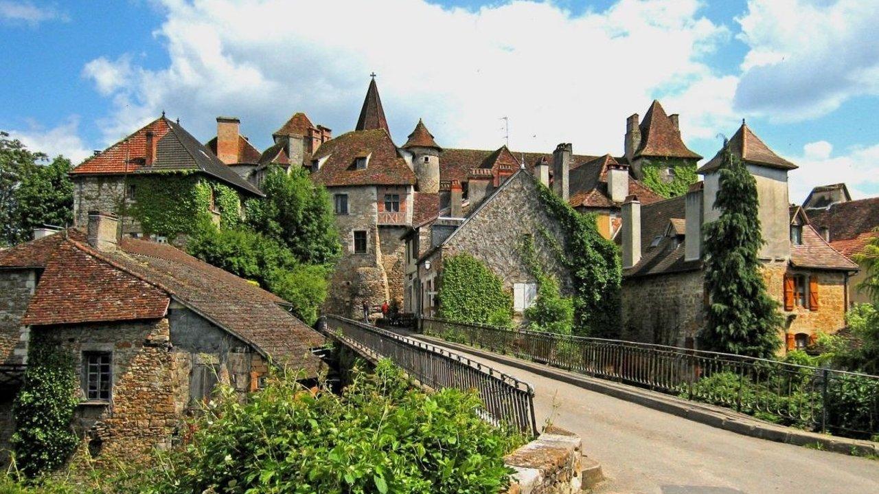2020 法国十大最美村庄出炉   快点收拾行李出发去看看吧~