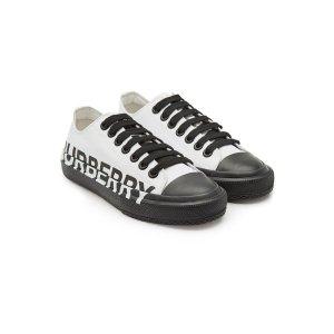 Burberry平底鞋