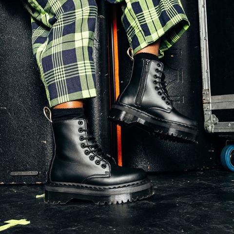 低至3.5折 €85收3孔鞋Dr.Martens 马丁靴闪促 收3孔8孔经典款