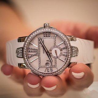 额外减$4000 $5995+包邮雅典镶钻珍珠母贝机械奢华女表 樱花粉超美