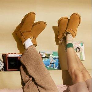 低至6折 雪地靴$111UGG 折扣区美鞋热卖 毛毛拖鞋$59 豆豆鞋$83