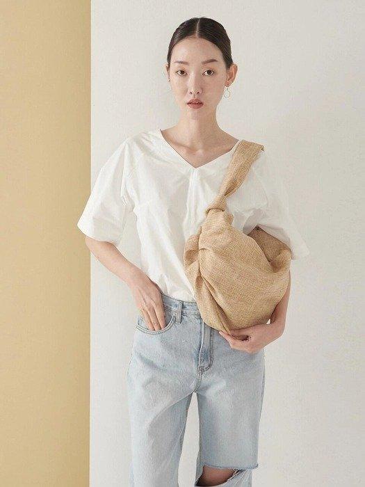 米色饺子包