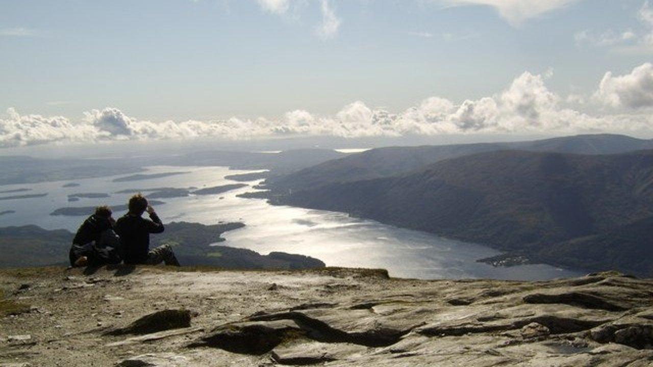 想在英国爬山吗?7条英国最值得徒步的登山路线推荐!快去感受高处的美景!